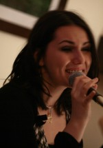 Alexandra & Alec – concert emotionant in Violeta's Vintage Kitchen