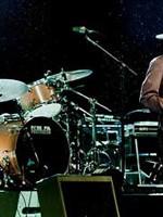 Bob Dylan alături de cei mai buni instrumentişti ai săi pe scena de la Bucureşti!