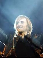 Încă 1.000 de bilete la preţ promoţional pentru David Guetta