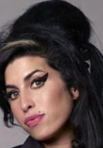 Amy Winehouse îşi anulează turneul european din această vară