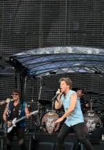 bon-jovi-live-concert-bucharest-2011-55