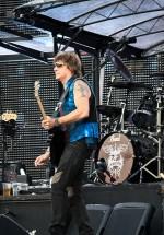 bon-jovi-live-concert-bucharest-2011-57