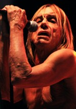 POZE: Iggy and the Stooges, Chase and Status şi alţi artişti în a treia zi de Peninsula 2011