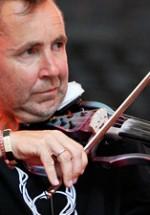 Nigel Kennedy va concerta la Timişoara şi Cluj-Napoca în martie 2012