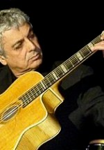 Bilete la preţ redus pentru concertul Enrico Macias de la Bucureşti