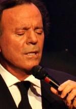 Promoţie la biletele pentru concertul Julio Iglesias de la Bucureşti