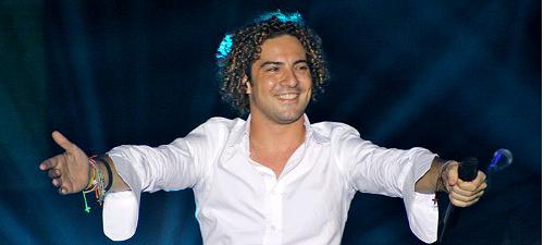 CONCURS: Câştigă invitaţii la concertul David Bisbal