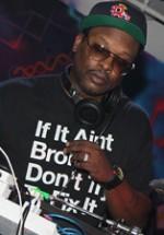 RECENZIE: DJ Jazzy Jeff live la Atelierul de Producţie din Bucureşti (POZE)