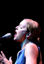 pink-martini-storm-large-bucharest-2012-11