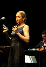 pink-martini-storm-large-bucharest-2012-23