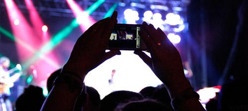 BLOG: Internetul mobil la concerte şi festivaluri