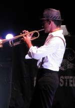 1-parov-stelar-band-the-mission-dance-weekend-2012-17