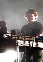 2-chicane-the-mission-dance-weekend-2012-11