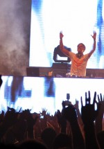 4-armin-van-buuren-the-mission-dance-weekend-2012-3