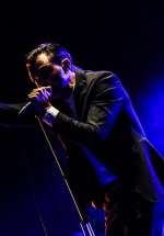 5-hurts-summer-well-2012-31
