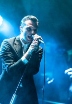 5-hurts-summer-well-2012-4