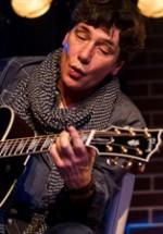 POZE: Eric Martin în Hard Rock Cafe din Bucureşti