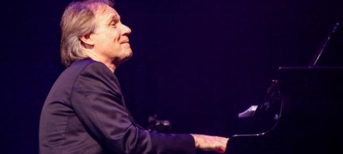Richard Clayderman va concerta la Braşov în iulie 2013
