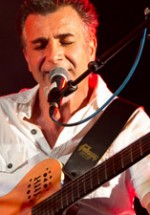 """POZE: Timpuri Noi – """"Unplugged pentru Tata"""" la Bucureşti"""