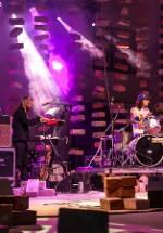 "RECENZIE: ""Mare zgomot"" la concertul Robin and The Backstabbers din Herăstrău"