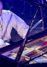 RECENZIE: Bogdan Ota – Maestrul pianului, două concerte revelatoare la Bucureşti (POZE)