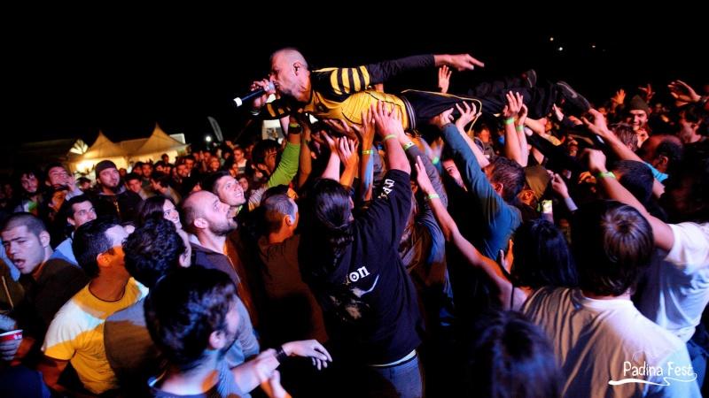 Nebunia Dubioza Kolectiv pe platoul de la Padina - Foto: www.facebook.com/padinafest