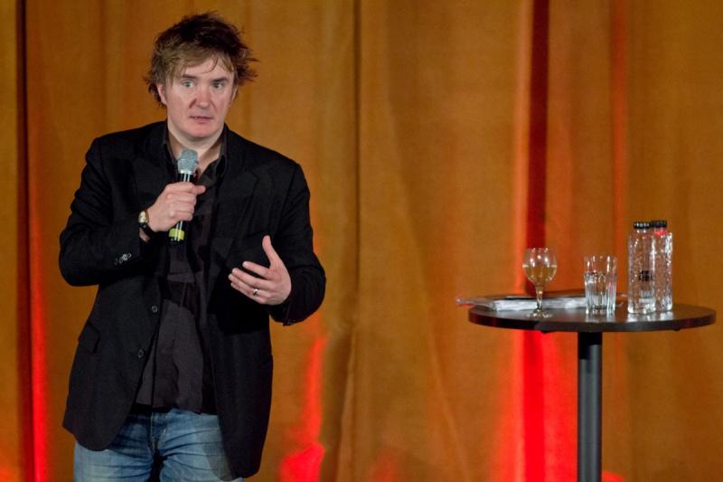 Dylan Moran în premieră la Bucureşti - Foto: Alex Chelba