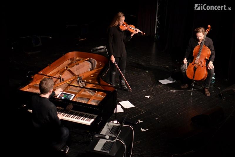 Olafur Arnalds, alături de Björk Oskarsdottir şi Hallgrímur Jónas Jensson - Foto: Vlad Eftenie