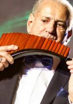 POZE: Gheorghe Zamfir – Călătorie de Crăciun la Cinema Patria din Bucureşti