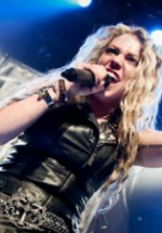 Kobra Paige alături de Phil Anselmo (Pantera) în blockbuster-ul Metal All Stars la Bucureşti