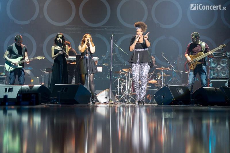Julie Mayaya şi Zaza Band - Foto: Daniel Robert Dinu / iConcert.ro