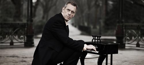 Hugh Laurie, concert în premieră la Bucureşti, în iulie 2014