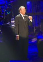 Julio Iglesias va concerta la Mamaia şi Galaţi în iulie 2014