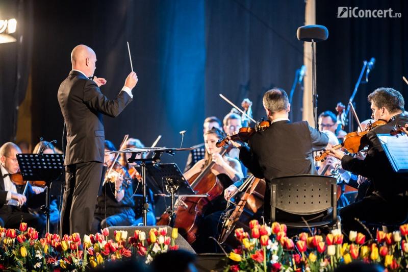 Orchestra Simfonică Bucureşti, sub bagheta dirjorului David Handel - Foto: Daniel Robert Dinu / iConcert.ro