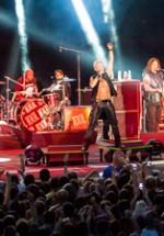 RECENZIE: Billy Idol, un show memorabil la Arenele Romane din Bucureşti (POZE)
