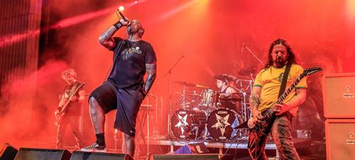 RECENZIE: METALHEAD Meeting – o seară specială alături de 7 trupe rock senzaţionale (POZE)