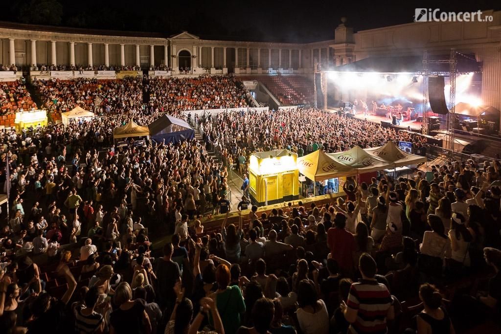 Publicul prezent la concertul The Cat Empire - Foto: Daniel Robert Dinu / iConcert.ro