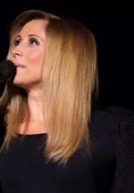 RECENZIE: Lara Fabian ne-a reîncălzit sufletele cu vocea angelică, printr-un nou concert la Sala Palatului (FOTO)