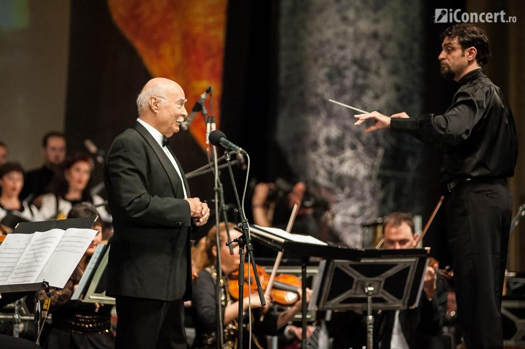 Tudor Gheorghe şi dirijorul Marius Hristescu - Foto: Fabian Radu/ iConcert.ro