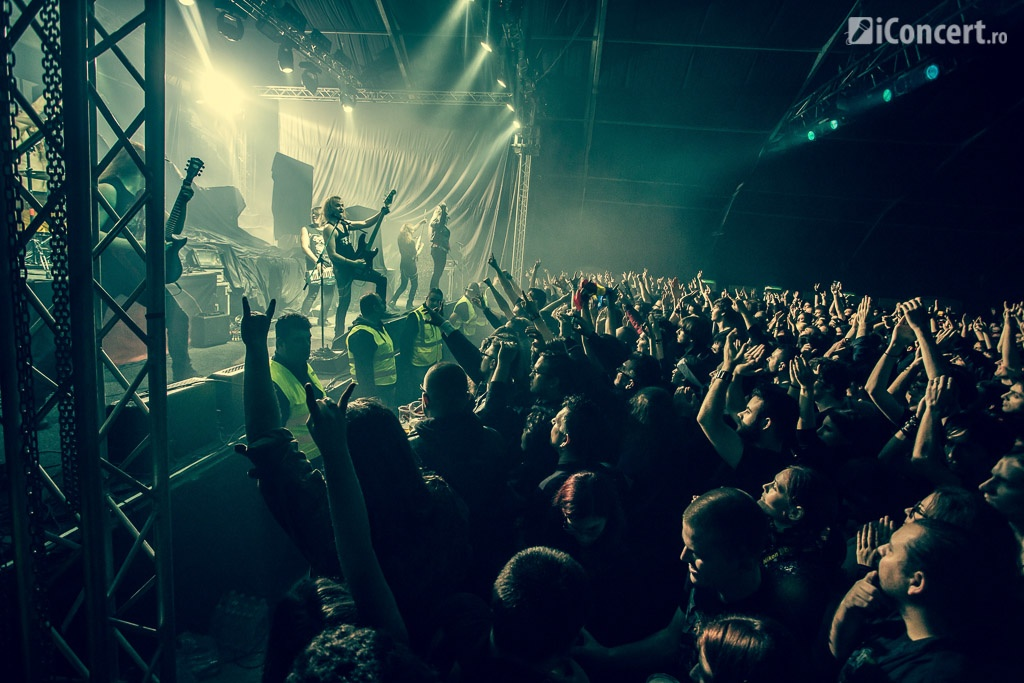 Sabaton, Battle Beast si Delain in 2015