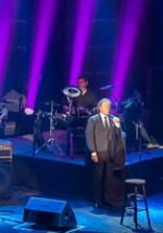 Julio Iglesias revine cu două concerte în România, în mai 2015