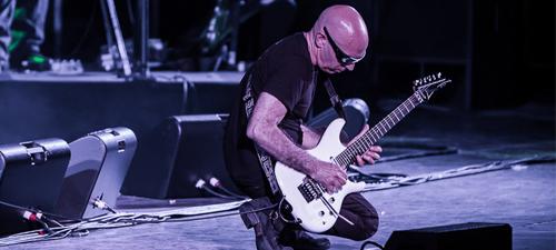 Joe Satriani revine în România cu două concerte, la Bucureşti şi Cluj-Napoca