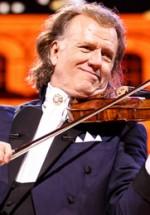 RECENZIE: André Rieu în concert la Bucureşti – vals, splendoare şi un vis devenit realitate (FOTO)