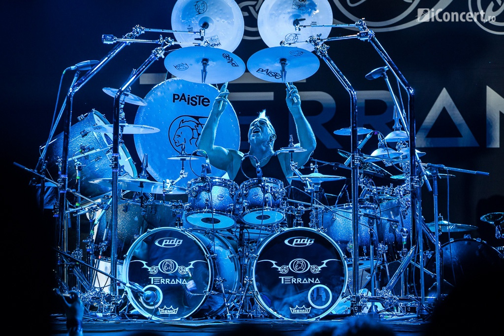 Mike Terrana, în deschiderea concertului Godsmack - Foto: Paul Voicu / iConcert.ro