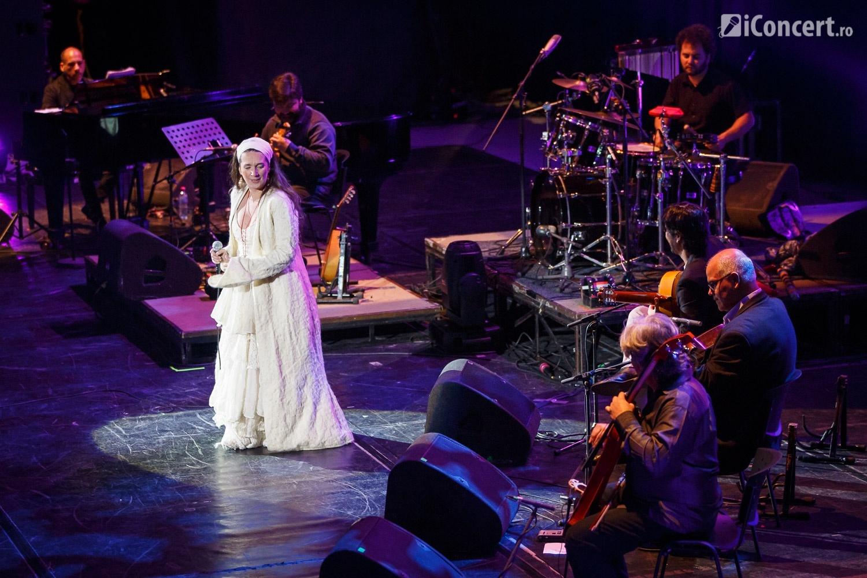 Dulce Pontes în concert la Sala Palatului din Bucureşti - Foto: Daniel Robert Dinu / iConcert.ro