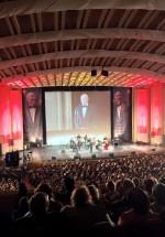 """RECENZIE: Tudor Gheorghe a reînviat acordurile celor mai frumoase piese interbelice, în concertul """"Adio, doamnă!"""" (FOTO)"""