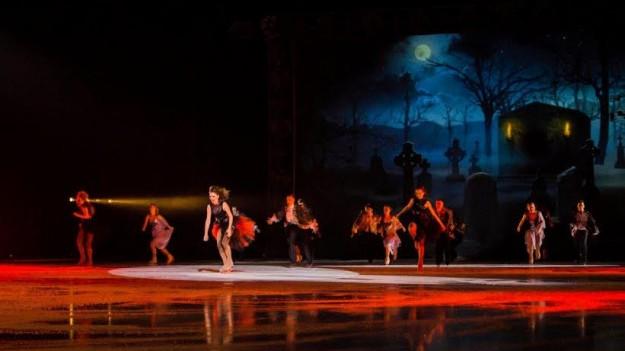 """Spectacolul """"Dracula pe gheaţă"""", prezentat în premieră în România, în aprilie 2016"""