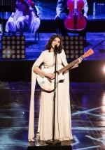 RECENZIE: #PUR, un concert ca o îmbrăţişare, cu Alexandra Uşurelu la Teatrul Naţional din Bucureşti (FOTO)