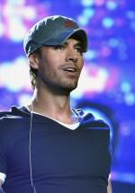 Două noi categorii de bilete pentru concertul Enrique Iglesias de la Bucureşti
