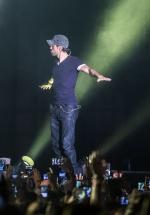 "FOTO: Enrique Iglesias – ""Sex and Love"", la Romexpo din Bucureşti"